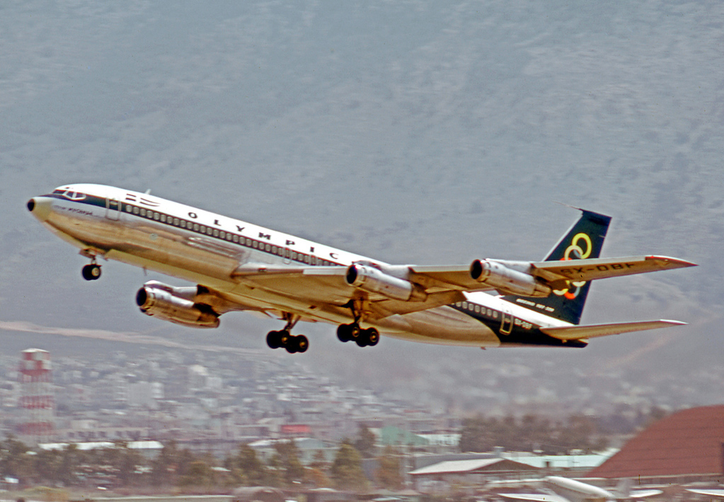 olympic-airways-boeing-707-che-decollano-da-ellenikon-nel-1973